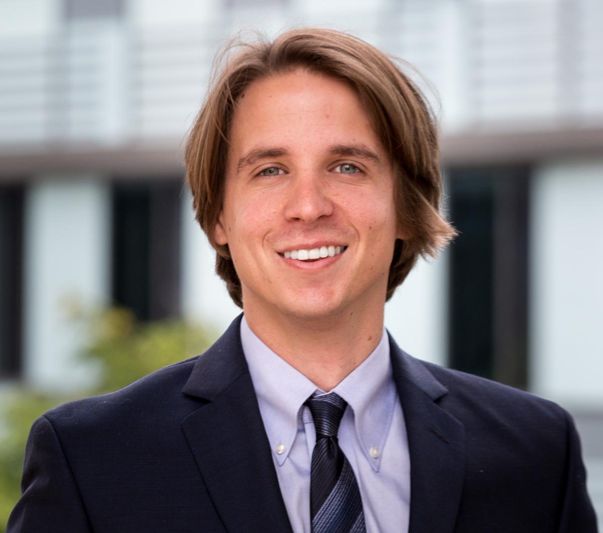 Dr. Sean Grant